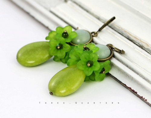 Earrings, flowers, green, lime green, vintage, boho