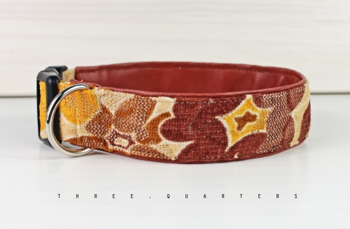 Dog collar with flowers in yellow and brown, with artificial leather in brown, collar for dogs