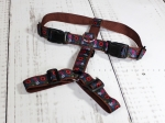 Dog harness with geometric pattern in red, black and white, webbing in brown, width 30mm