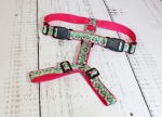 Dog harness with plants and flowers, webbing in pink, width 30mm