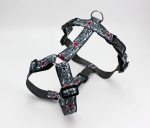 Dog harness with flower pattern in black, gray and red, webbing in dark gray, chest harness for dogs